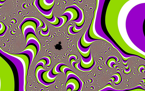 Moving Fractal Illusion